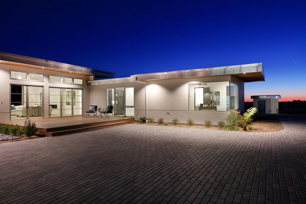 16413 Rio Vista Road, San Diego, CA 92127