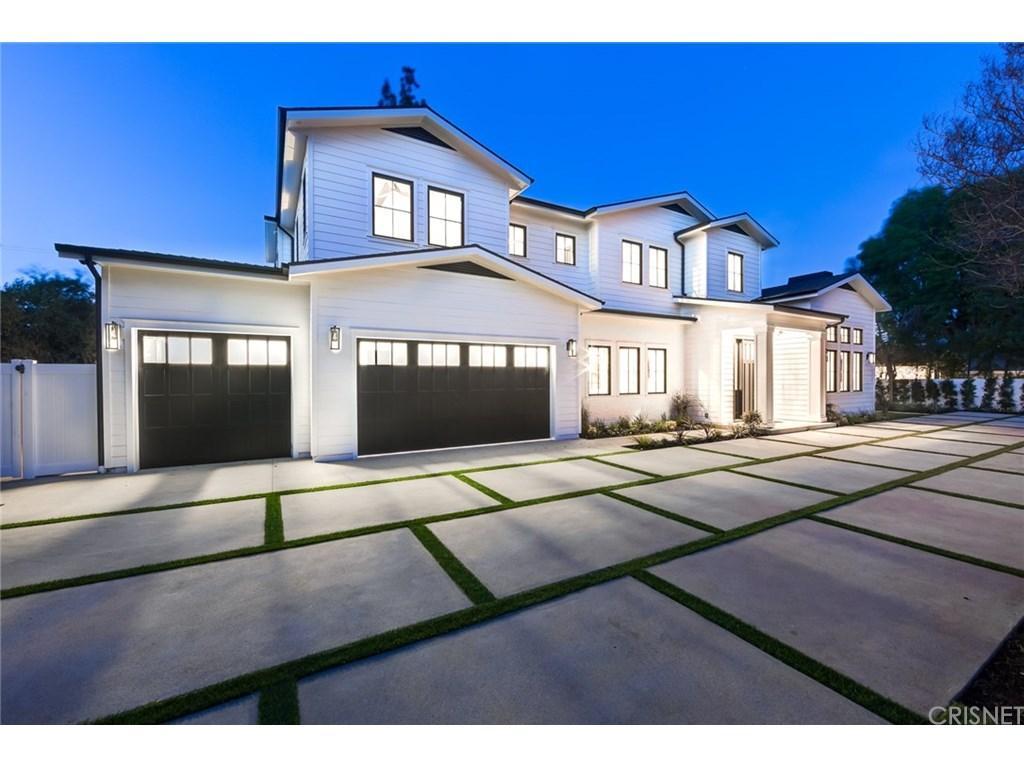 17611 WEDDINGTON Street, Encino, CA 91316