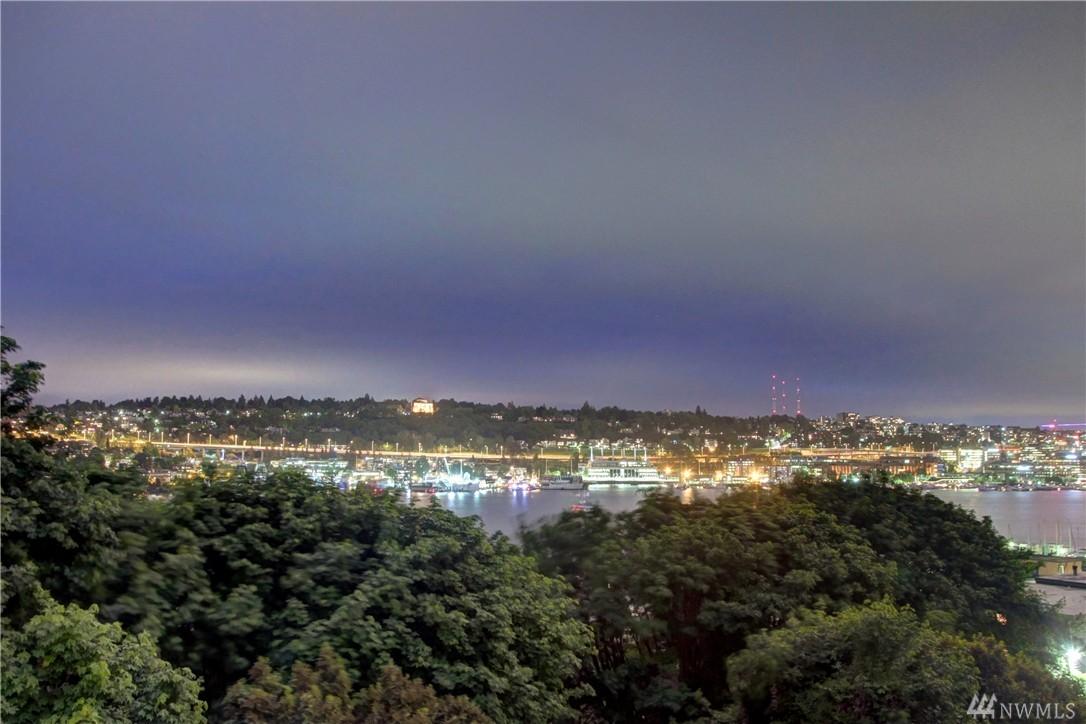 2034 8th Ave N, Seattle, WA 98109