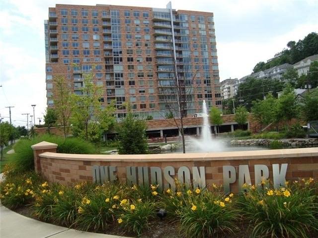 1026 Hudson Park, Edgewater, NJ 07020
