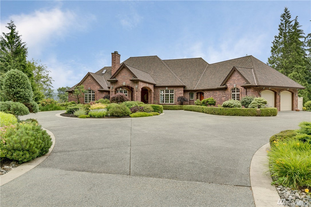 18212 244th Ave NE, Woodinville, WA 98077
