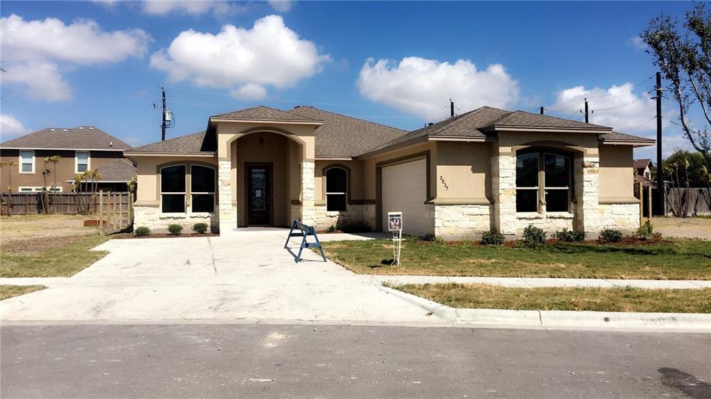 3037 Neches, Corpus Christi, TX 78414