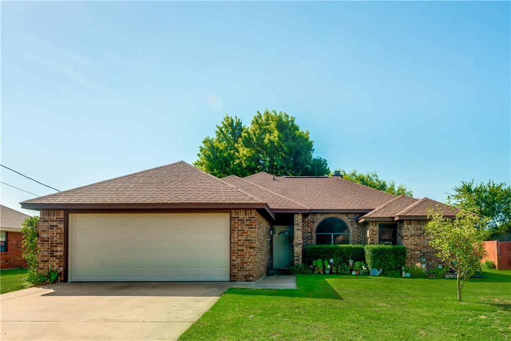 3931 Country Meadows Circle, Granbury, TX 76049