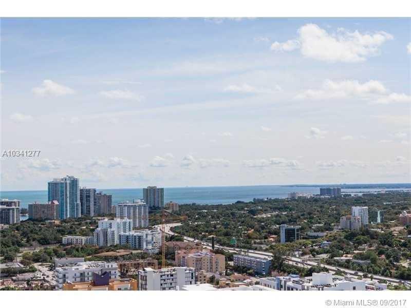 690 SW 1st Ct PHI22, Miami, FL 33130