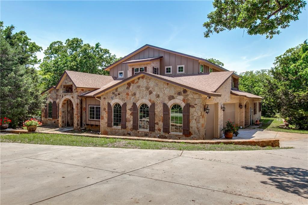 5016 Hidden Oaks Lane, Arlington, TX 76017