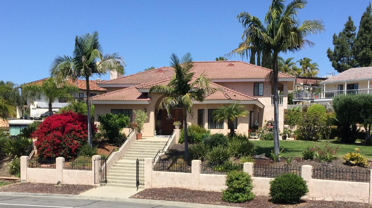 1630 Mesa Verde Dr, Vista, CA 92084