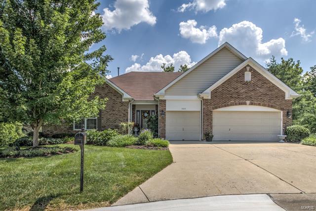 15203 Brightfield Manor Drive, Chesterfield, MO 63017