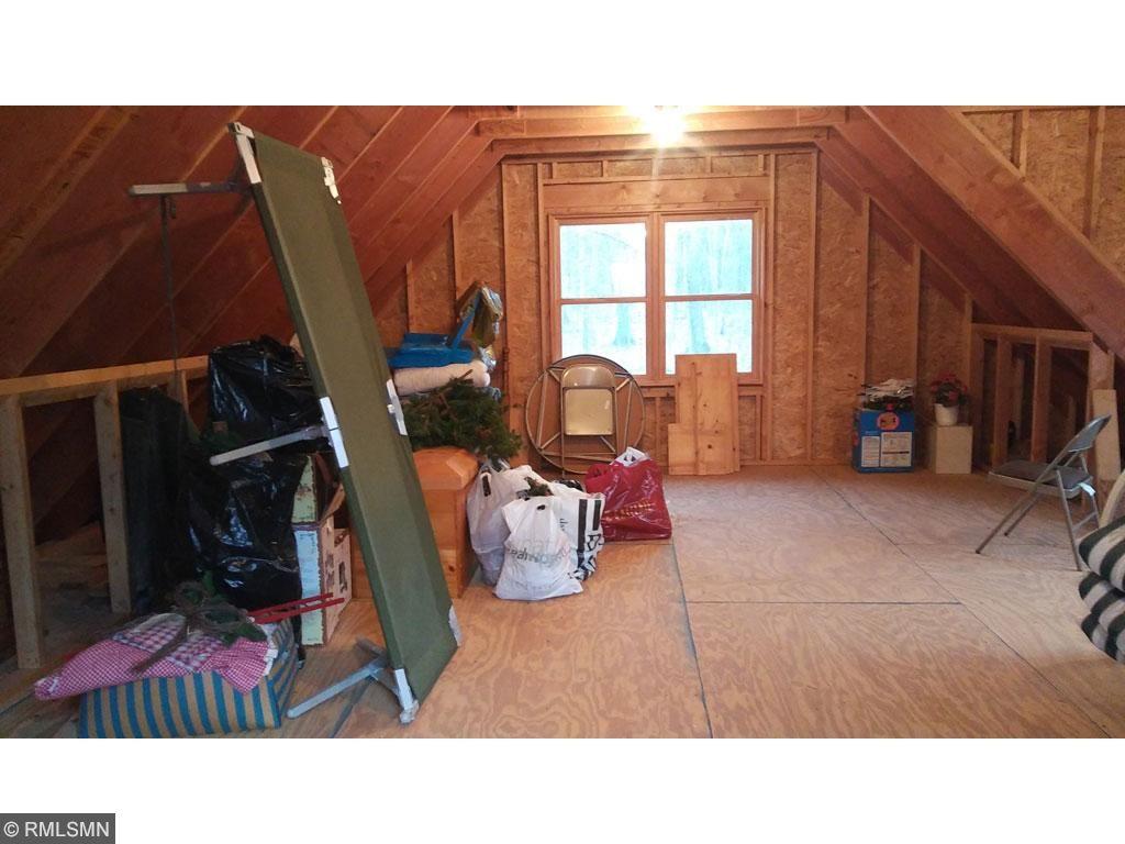 9881 Woodland Trail