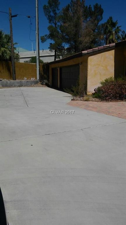 2575 S TENAYA Way, Las Vegas, NV 89117