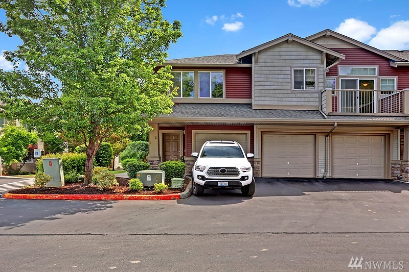 15325 SE 155th Place F-1, Renton, WA 98058
