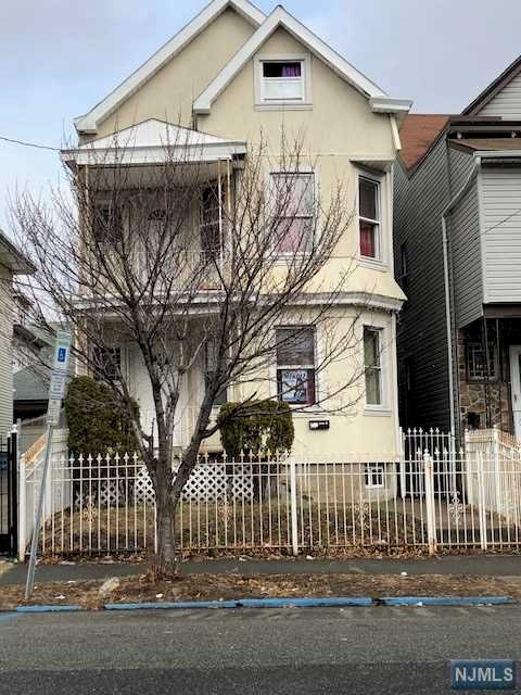 103 17th Avenue, Paterson, NJ 07513