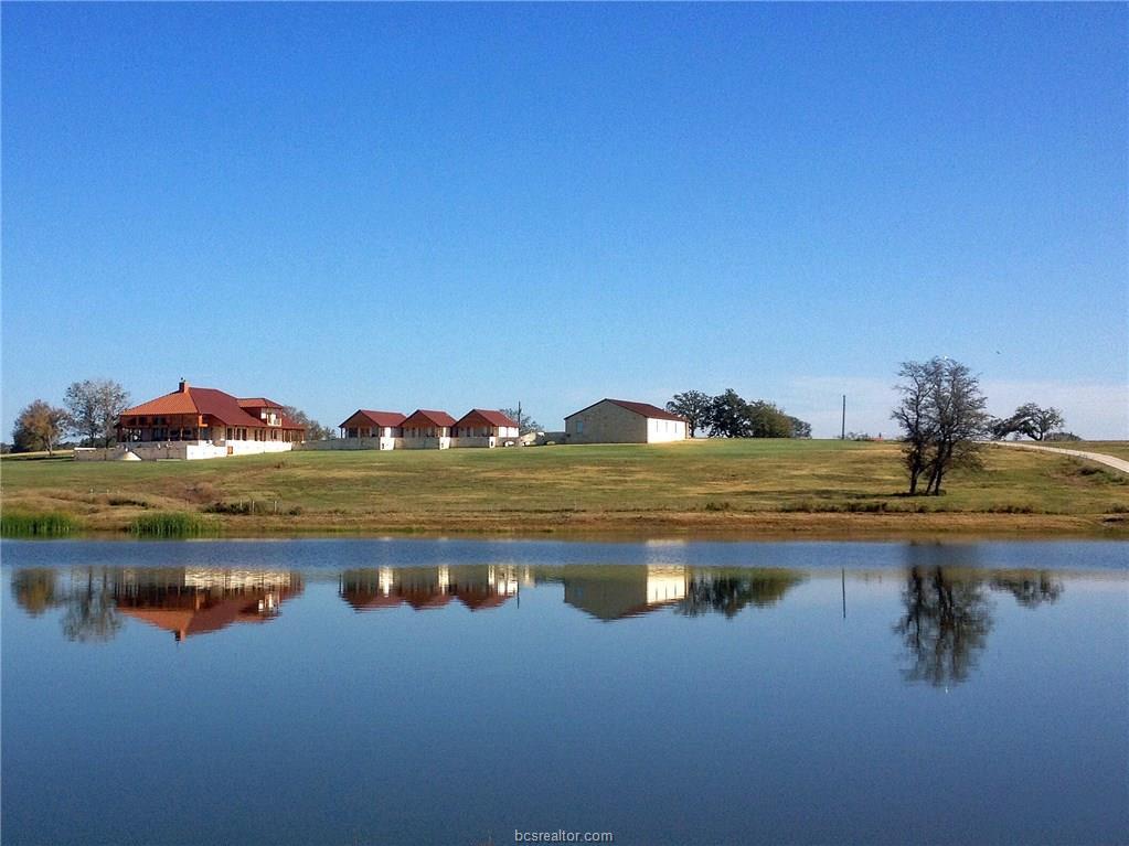 2505 Highway 90, Madisonville, TX 77864