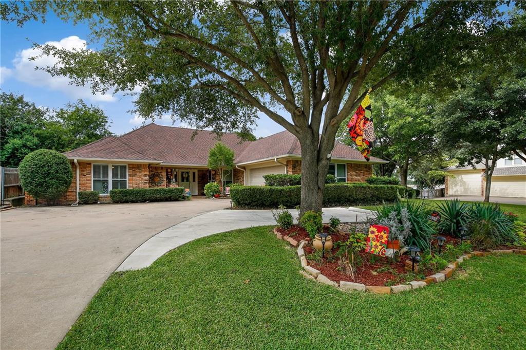 6525 Lake Side Circle, North Richland Hills, TX 76180