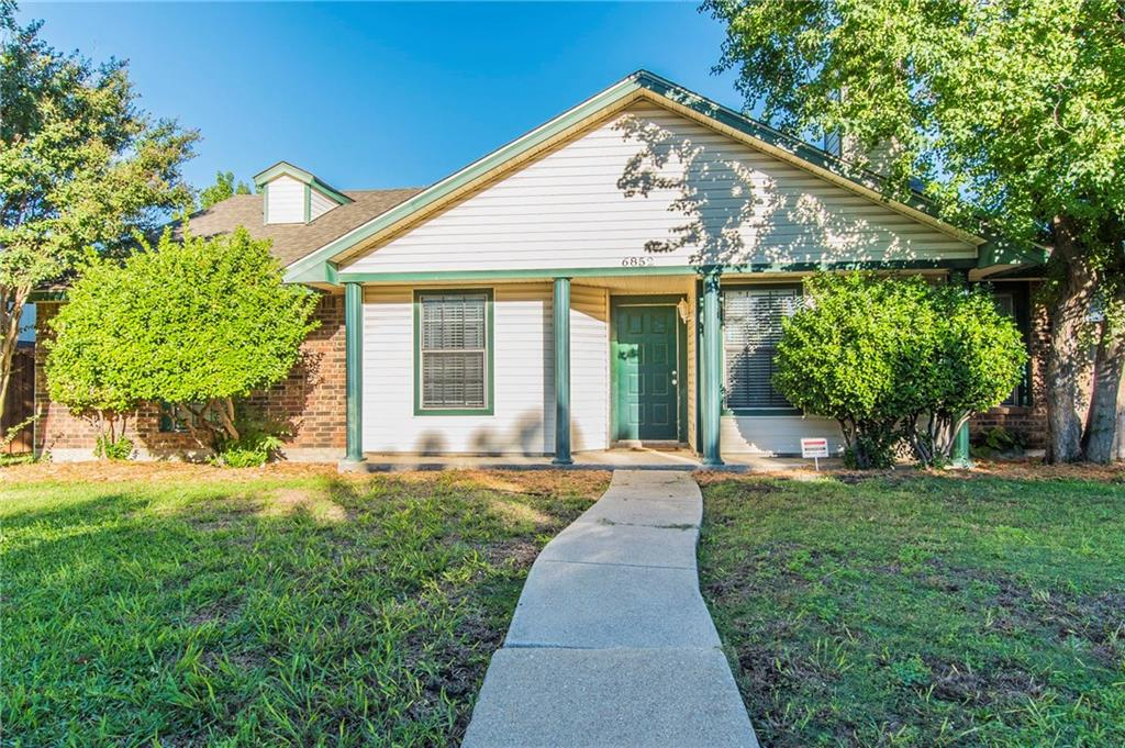 6852 Fryer Street, The Colony, TX 75056