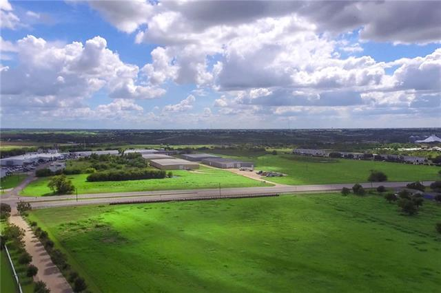 Great lot right off Hwy. 79 in Taylor.  Currently used for hay production.  This tract is ideal for development purposes.  Adjacent Taylor Mansion also for sale.