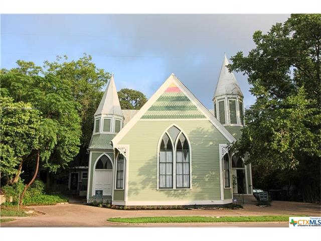 516 W Hopkins St, San Marcos, TX 78666