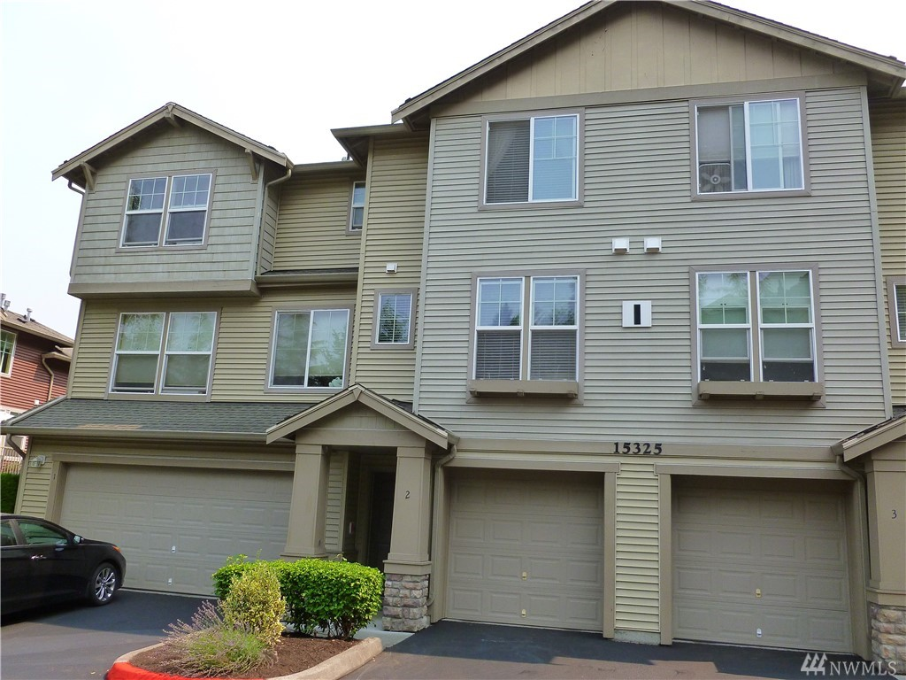 15325 SE 155th Place I2, Renton, WA 98058