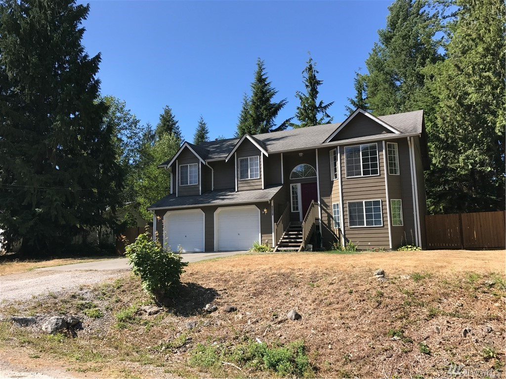 2981 Green Valley Dr, Maple Falls, WA 98266