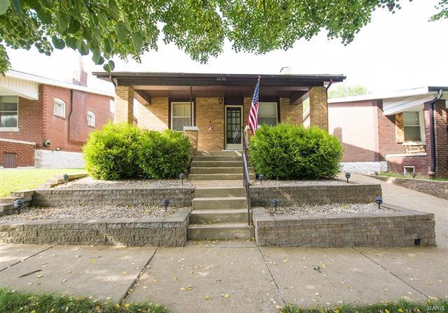 5233 Neosho Street, St Louis, MO 63109