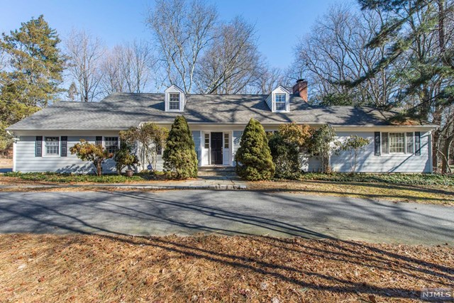 1 Meadow Lane, North Caldwell, NJ 07006