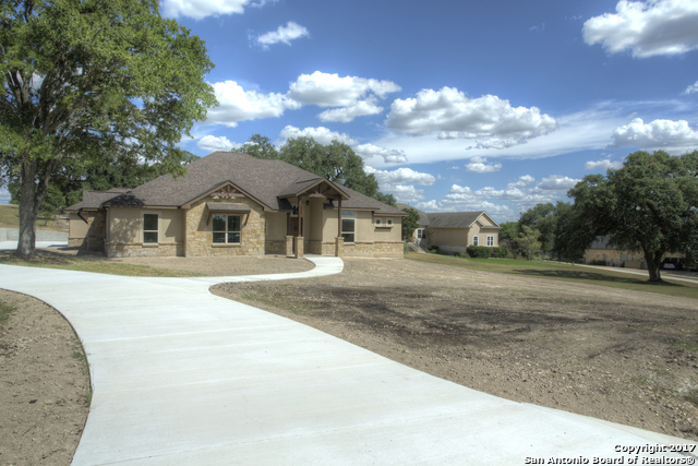 215 Glen Hvn, New Braunfels, TX 78132