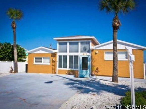 813 Atlantic Ave, New Smyrna Beach, FL 32169