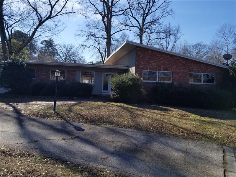 1055 Robin Lane, Atlanta, GA 30306