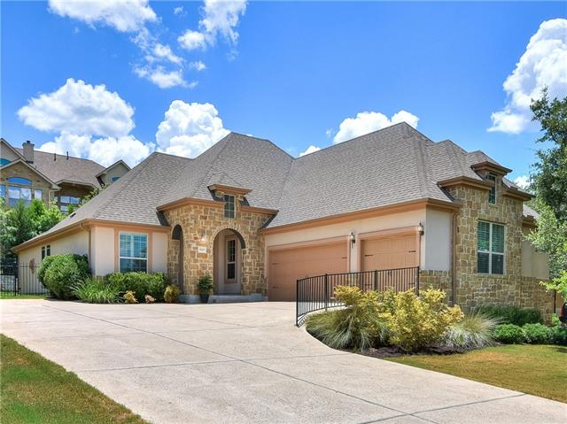 This immaculately kept 1 story home in the Preserve at Lakeway features an open floor design.  It beautifully integrates the main living area, kitchen with center island, and breakfast nook.  A tandem 29 ft deep 3rd car garage provides ample storage for anyone with a boat or jet ski.  Just off highway 620 for quick access to all the local amenities of Lakeway and Bee Caves.