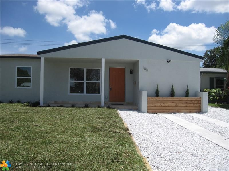 *** Brand new roof.*** Very contemporary house.*** All tiled floors, new stainless steel appliances, large capacity washer & dryer.*** Very open and bright floor plan. Nice fenced in back yard.*** Great Fort Lauderdale location.....