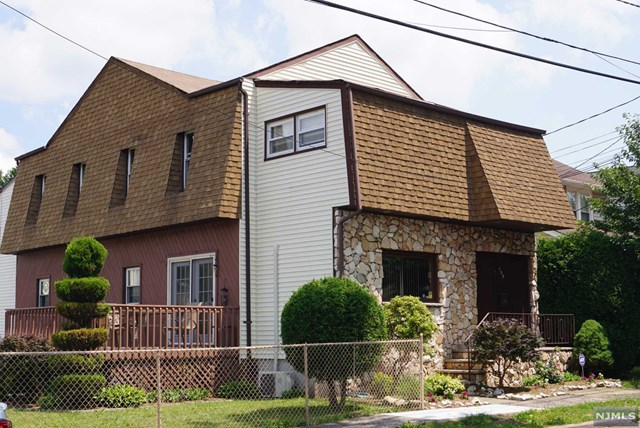 139 Catherine Avenue, Saddle Brook, NJ 07663