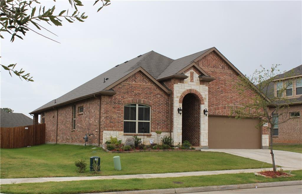 2208 Corsair Lane, Denton, TX 76210