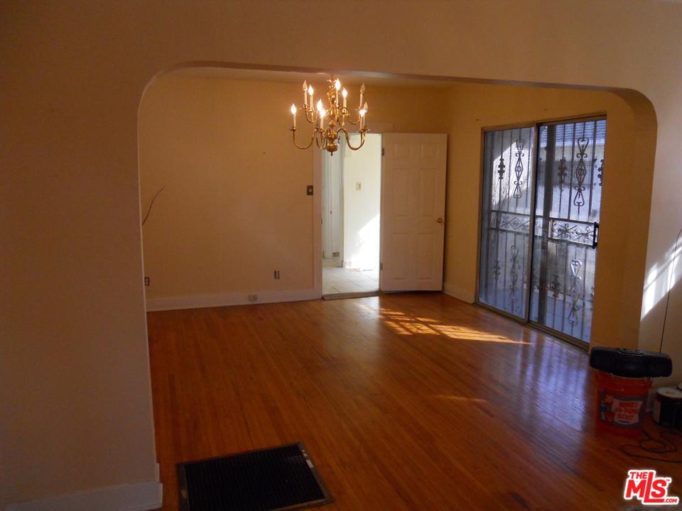 6200 EILEEN Avenue, Los Angeles (City), CA 90043
