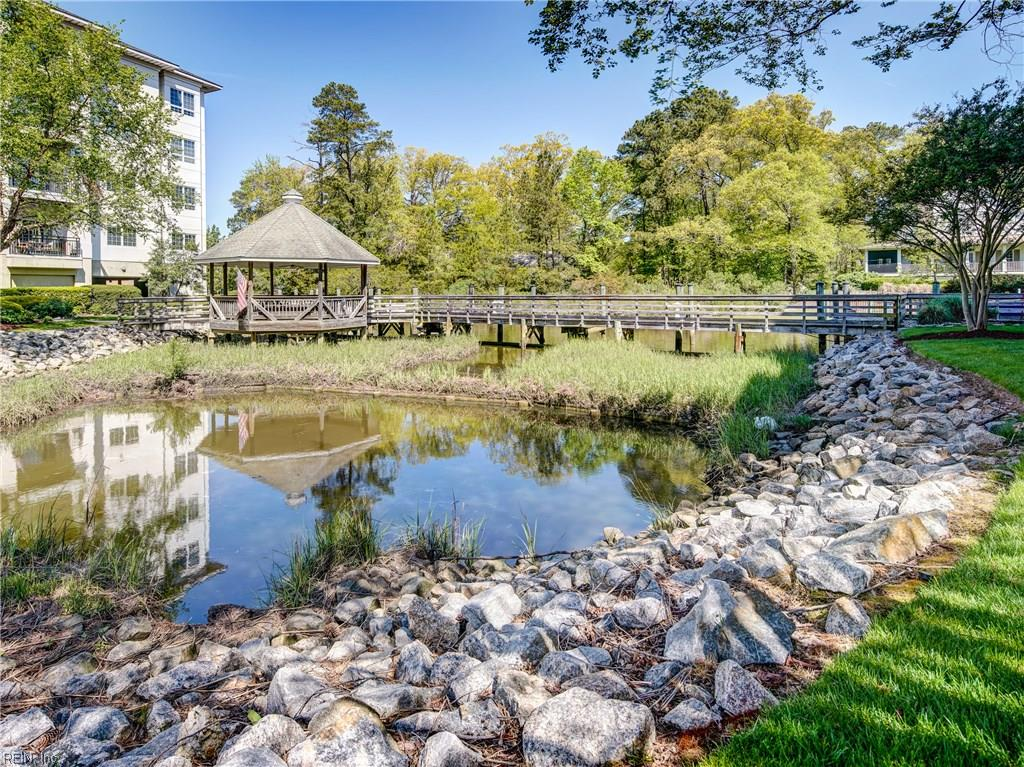 1268 Laskin Road 103, Virginia Beach, VA 23451