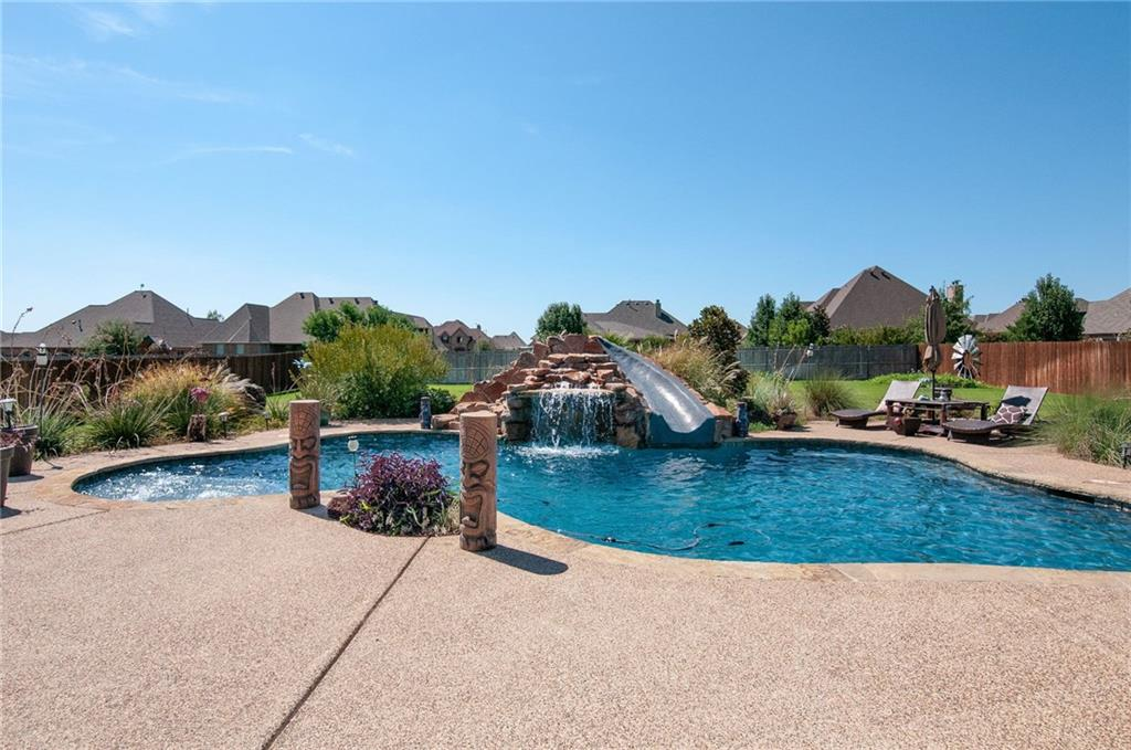 1241 Bluff Springs Drive, Fort Worth, TX 76052