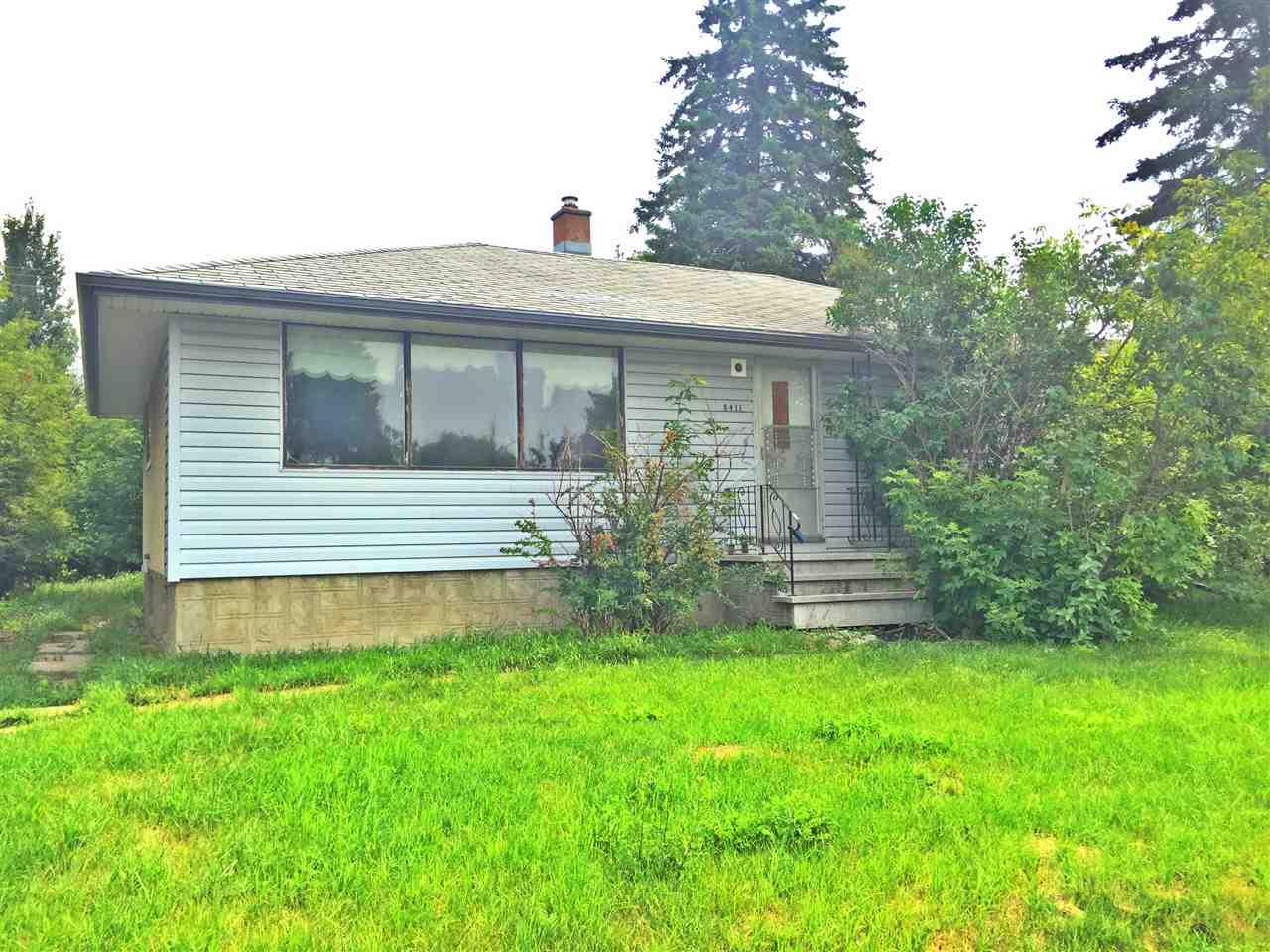8411 149 Street, Edmonton, AB T5R 1B3