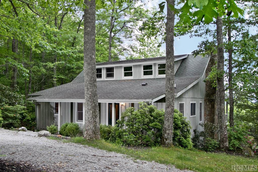 31 Tater Hill Road, Scaly Mountain, NC 28775