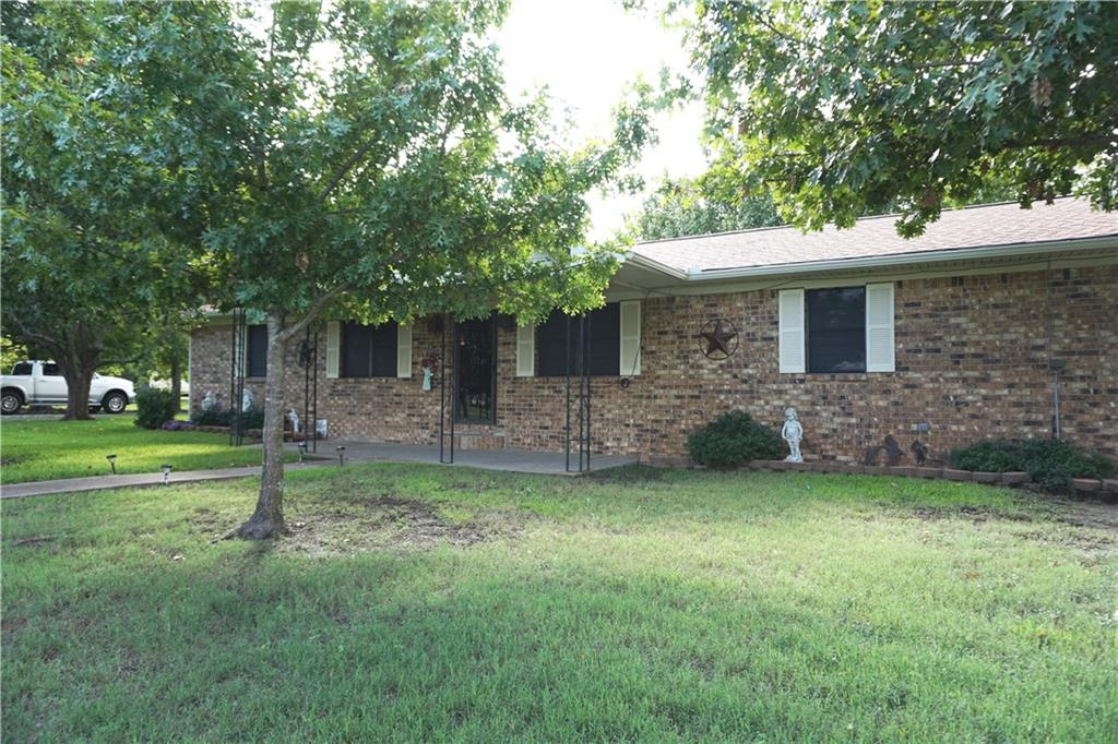 801 N Main Street, Dodd City, TX 75438