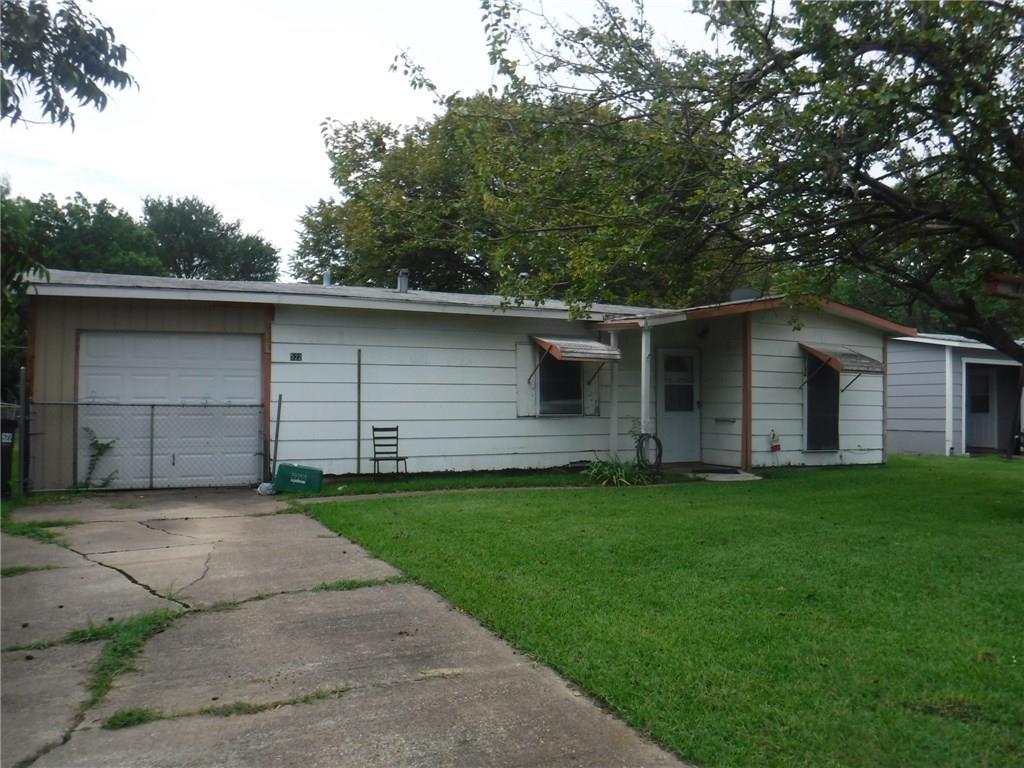 522 Willowbrook Drive, Mesquite, TX 75149