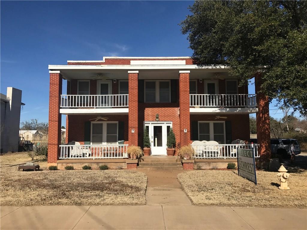 900 W Walker Street, Breckenridge, TX 76424