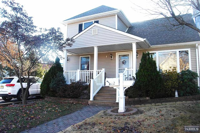102 Avenue D, Lodi, NJ 07644