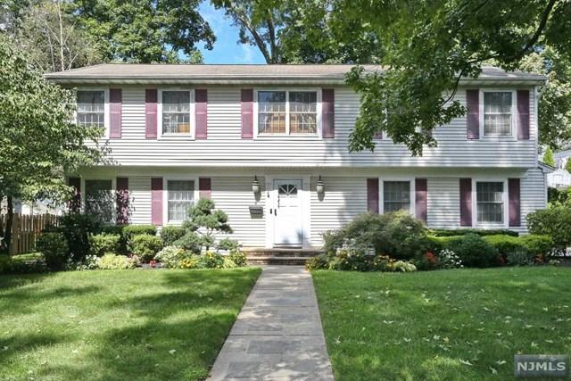 8 Harrington Street, Hillsdale, NJ 07642