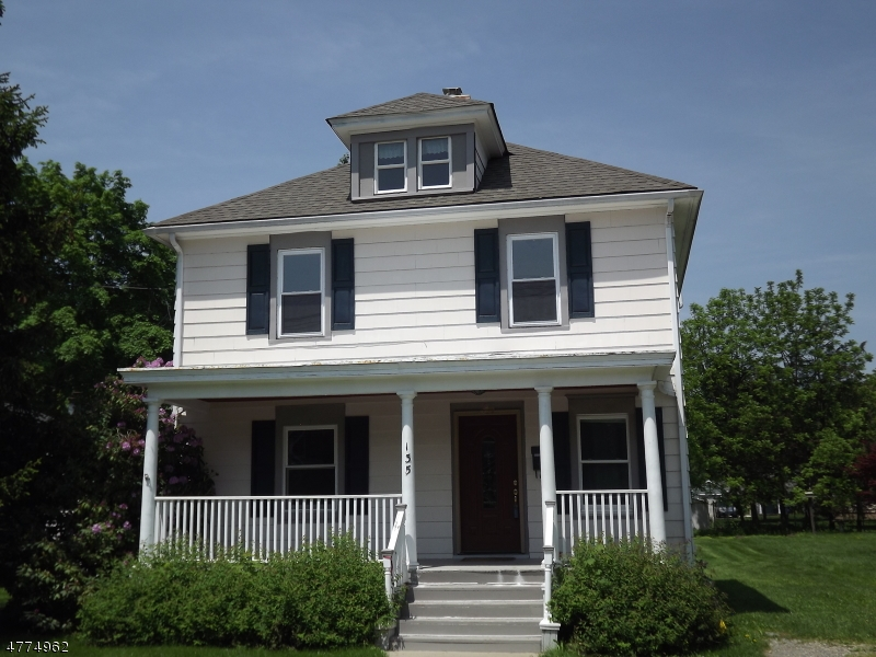 Recently renovated Colonial.  New Kitchen, bathrooms, appliances.  Hardwood floors, pocket doors.  Roof and windows recently replaced.  Off street parking for two cars. City water and sewer. Walking distance to downtown Hackettstown.