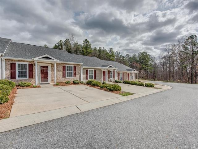 2069 Pin Oak Place, Cramerton, NC 28032