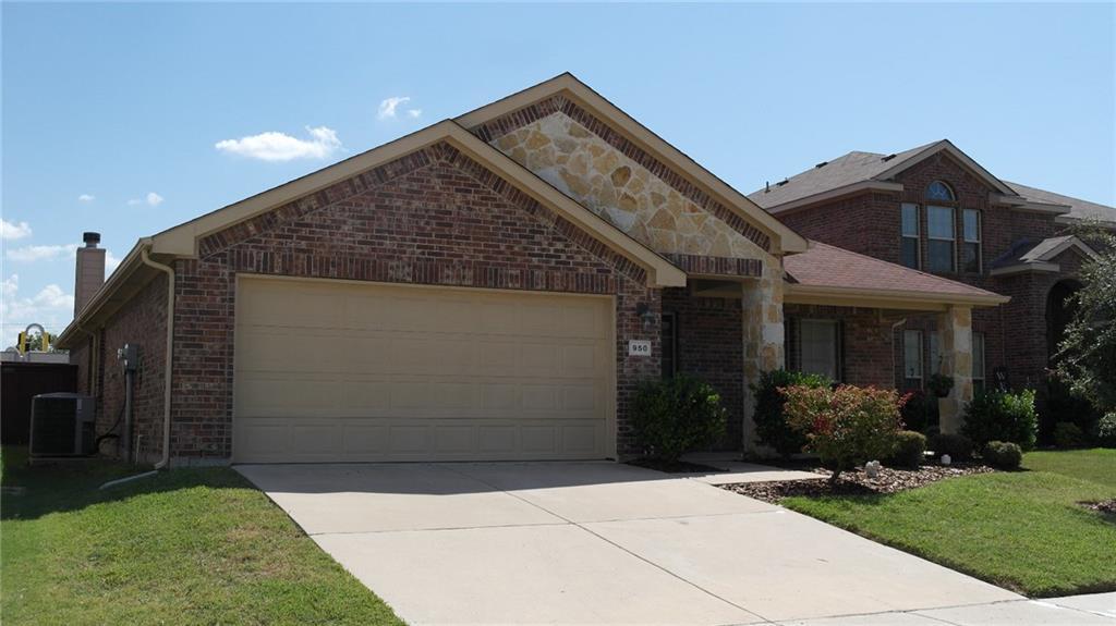 950 Austin Lane, Lavon, TX 75166