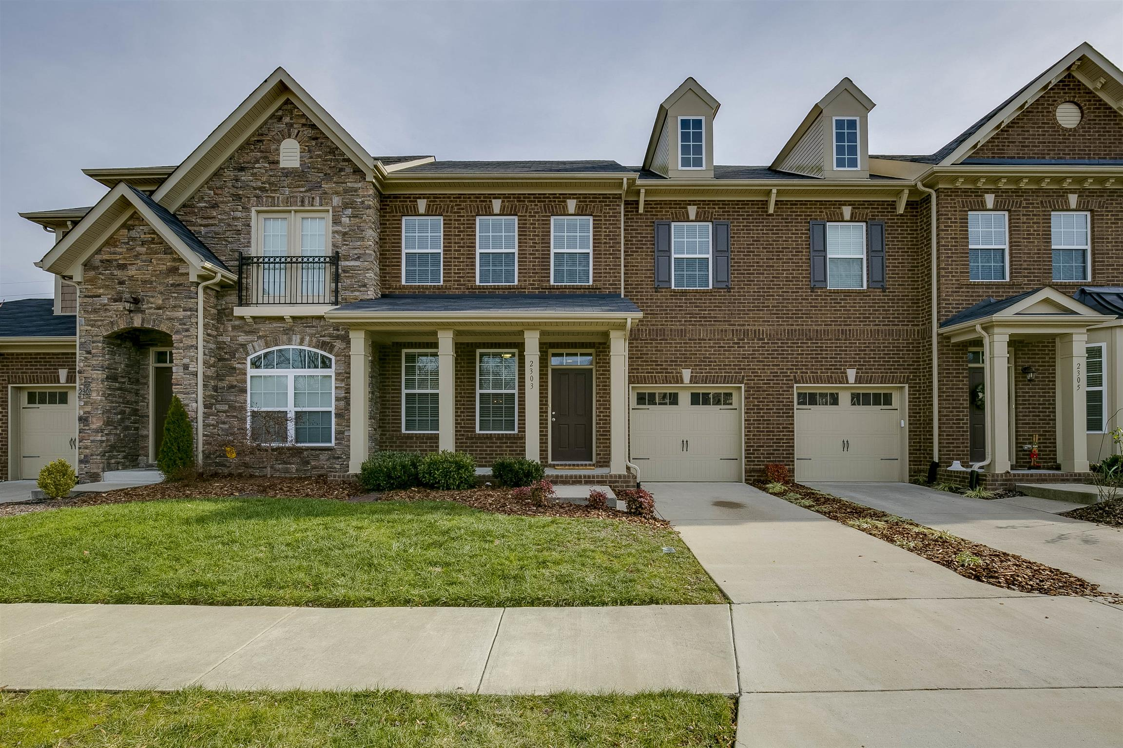 $300 000 to $400 000 Homes for Sale in Nashville TN
