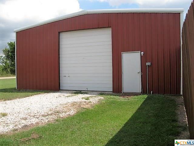 9094 Stinnett Mill Rd, Salado, TX 76771