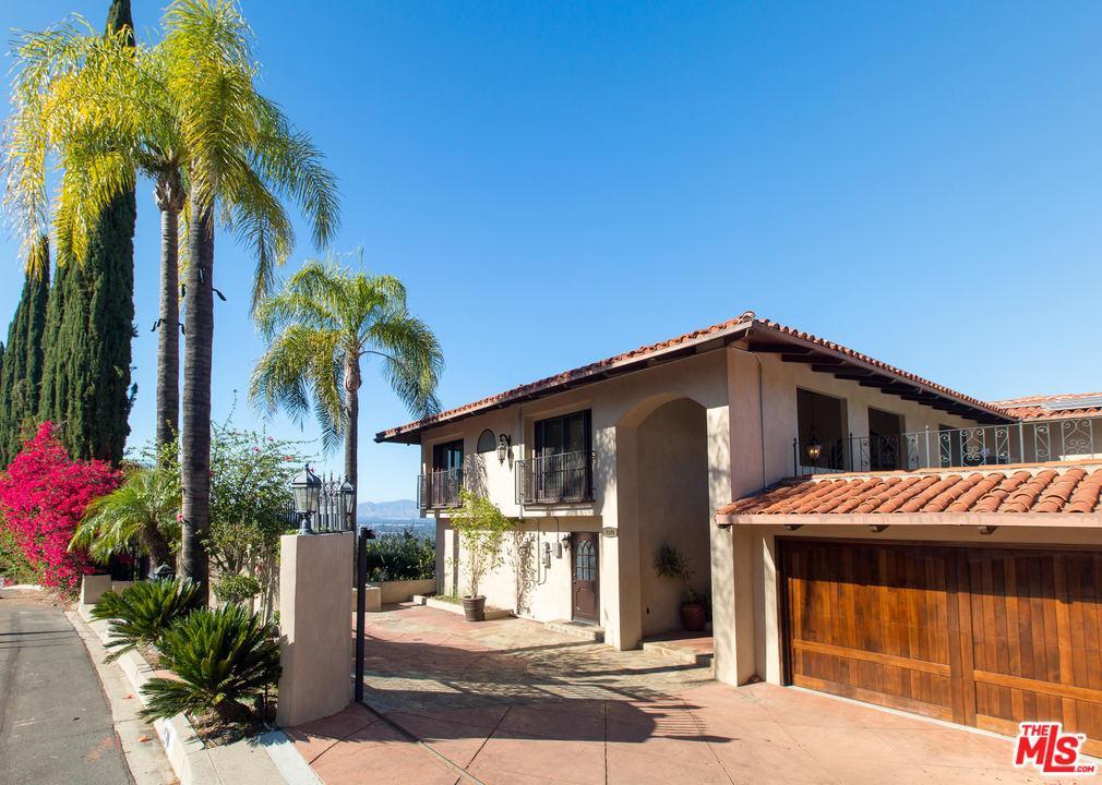 4570 CHARMION Lane, Encino, CA 91316
