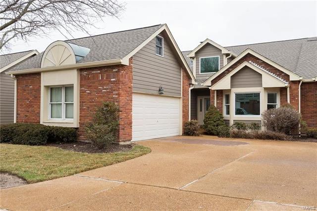 14315 Cross Timbers Court, Chesterfield, MO 63017