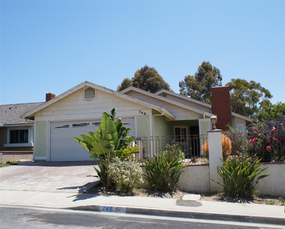 749 Carefree Dr, San Diego, CA 92114