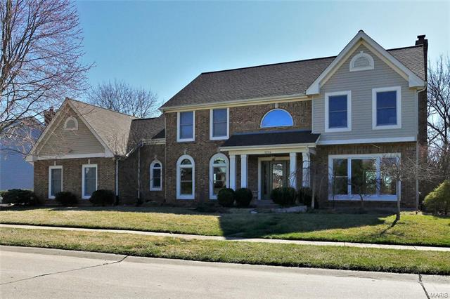 1314 Chesterfield Estates Drive, Chesterfield, MO 63005